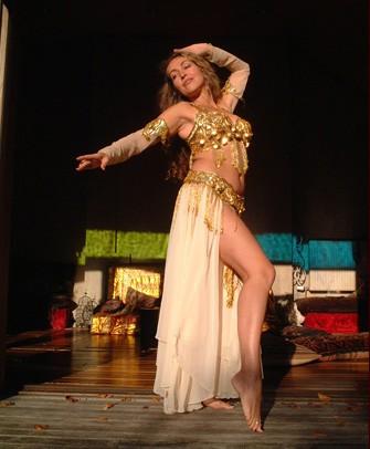 Arabian dancers Nude Photos 21